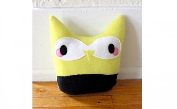 Free pattern: Owl softie
