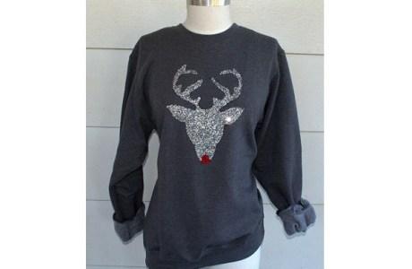 Tutorial: No-sew glitter reindeer sweatshirt