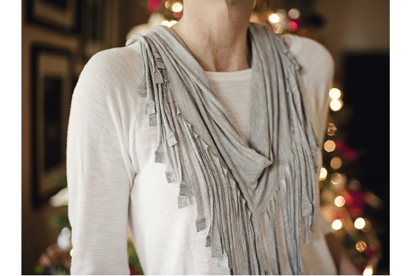 tutorial no sew fringed t shirt scarf sewing