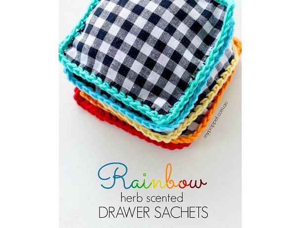 Tutorial: Crochet trim sachets