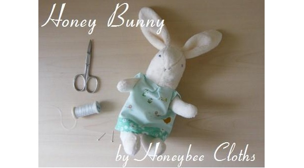 Free pattern: Honey Bunny rabbit doll