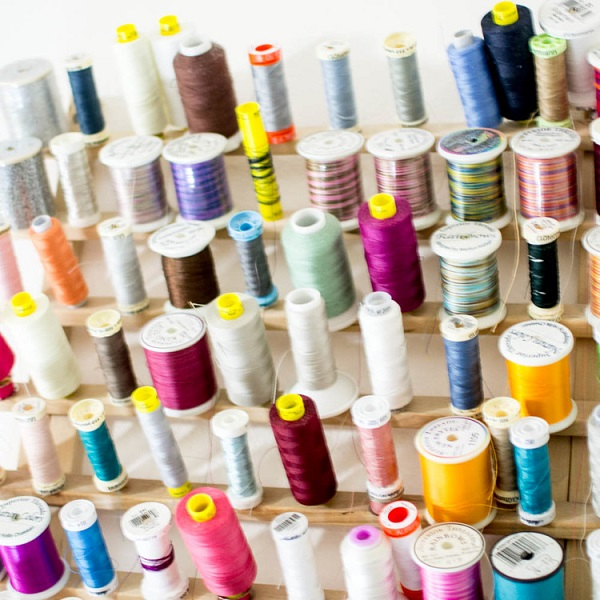 4 types of sewing thread and when to use them