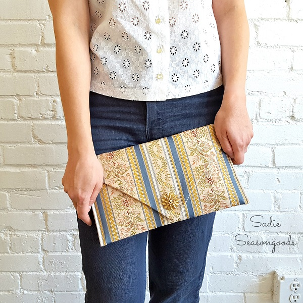 Tutorial: Vintage table runner clutch