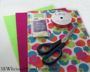needle holder sewing tutorial supplies sewlicioushomedecor SEW Organized! Need le Little Love Sewing Needle Case + Giveaway