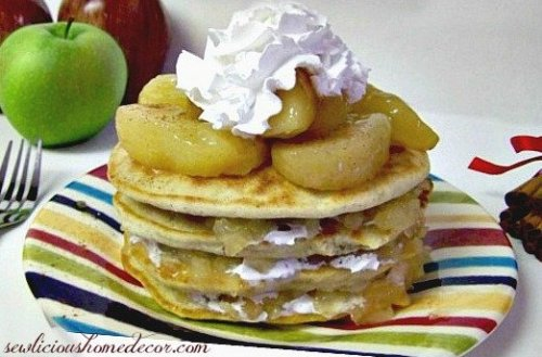 Apple Pie Pancakes 500x329 Best Buttermilk Apple Pie Pancakes with cinnamon and whip cream