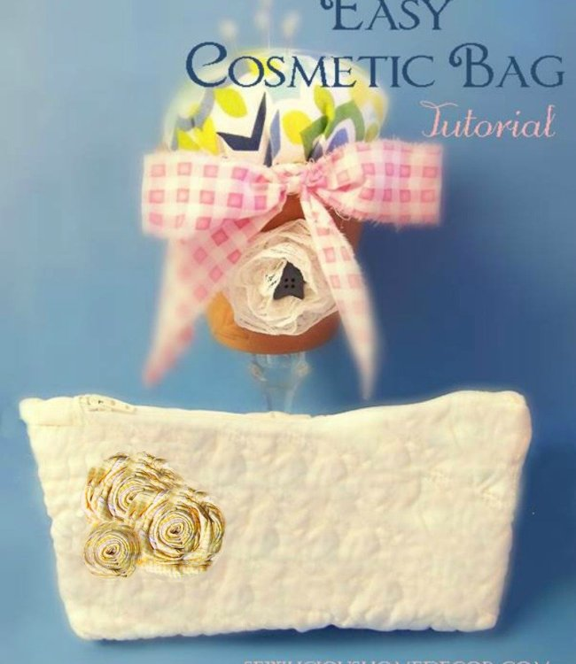 Easy Cosmetic Bag Tutorial at sewlicioushomedecor.com  Easy Burlap Drawstring Bag Tutorial