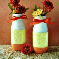 Fall-PaintedCandy-Corn-Milk-Bottles-at -sewlicioushomedecor