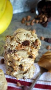 Soft Batch Peanut Butter Chocolate Chip Banana Cookies
