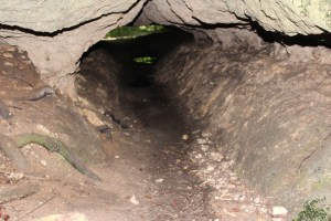 Partway through the Bluff Trail Tunnel Cave