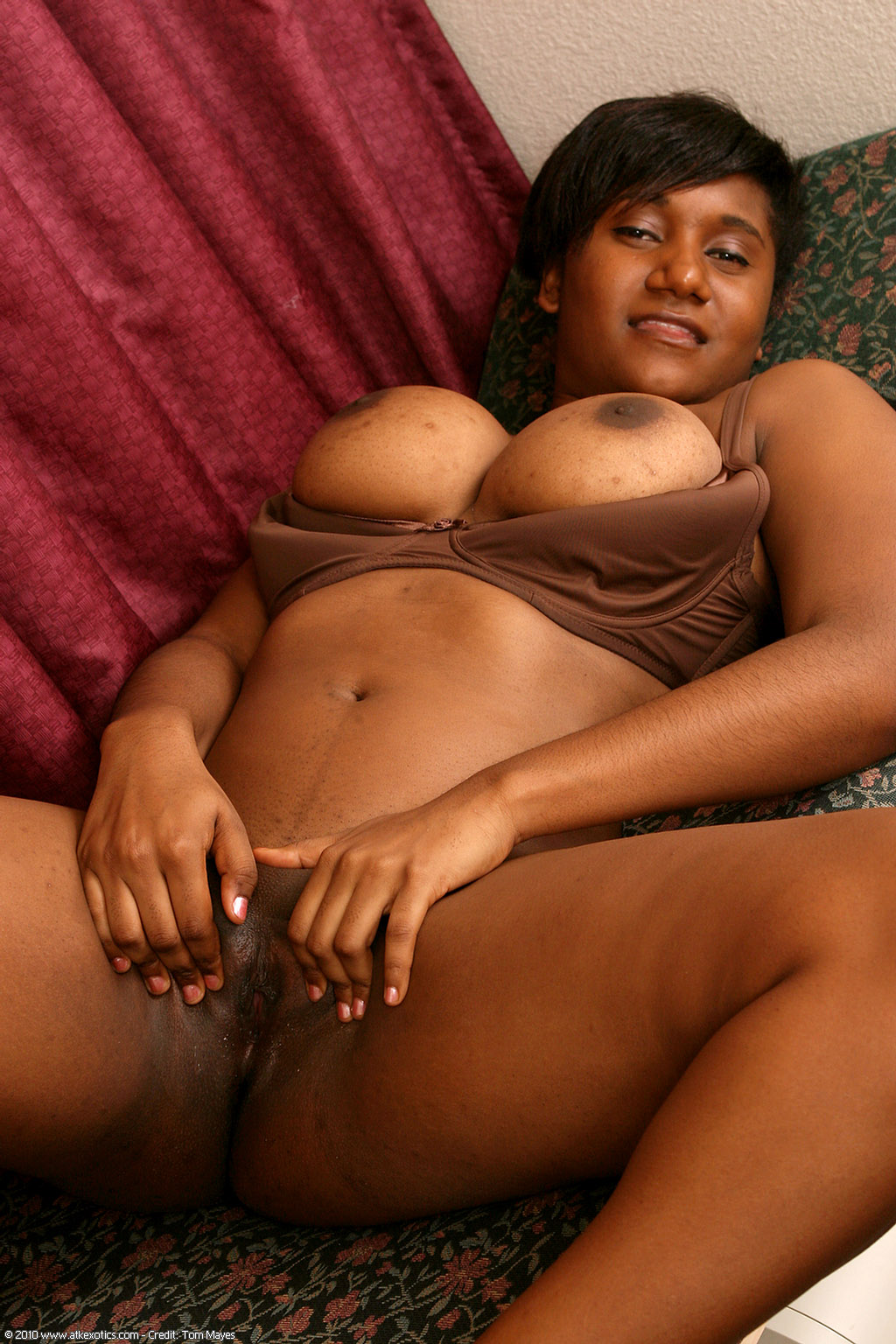 Black Women Only Upskirts - Ig2FAP