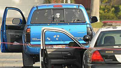 Christopher Dorner manhunt LA Times delivery Latinas' blue truck 020713