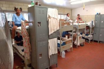 Overcrowded Cali womenGÇÖs prison dorm cell