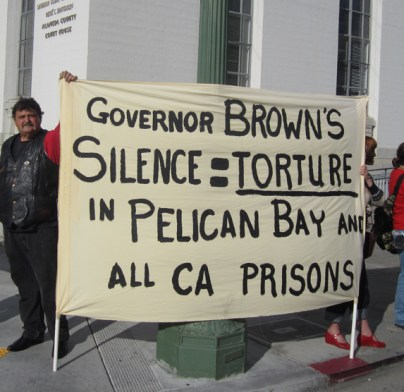 Hunger+strike+solidarity+vigil+'Gov+Brown's+silence+=+torture'+at+Alameda+Courthouse+081111+by+United+for+Drug+Policy+Reform,+web
