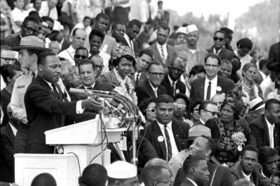 Martin Luther King delivers 'I Have a Dream' speech at March on Washington 082863 by AP