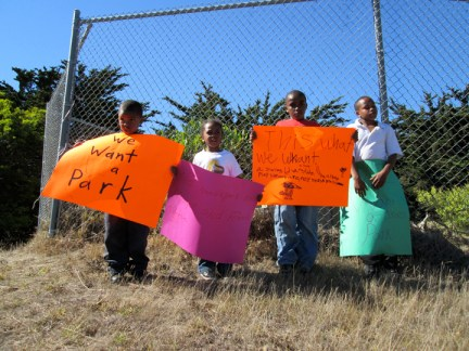 Hunters Point residents and their kids call on officials to fix up park