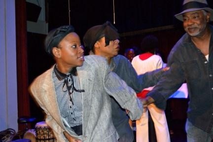 'Go Tell It!' Jane (Katrina Deans), Harriet Tubman (Gift Bailey), Ben (Ronald Deans) escape Broadess plantation Christmas day 1213 by JR, web