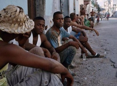 Venezuelan tweet 'The main activity of Cubans in their towns is hanging out'