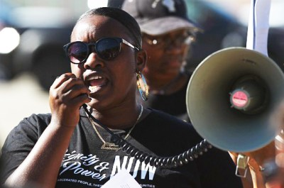 "Jayda Rasberry speaks out at the ""No More Deaths"" protest and vigil at CIW Oct. 1. – Photo: CCWP"