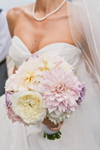 blush-pastels-wedding-bridal-bouquet-trends-2014