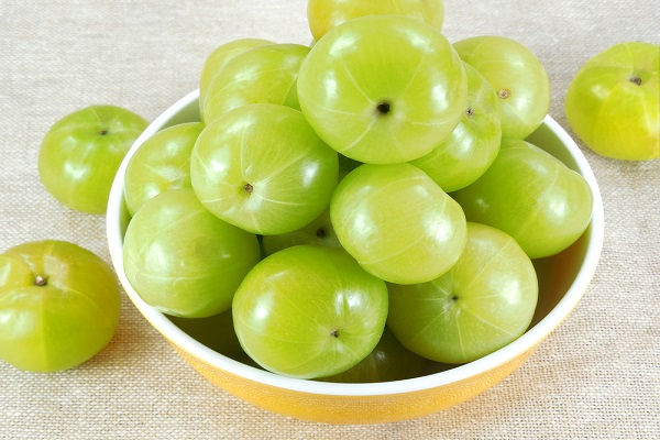Fresh-green-amla