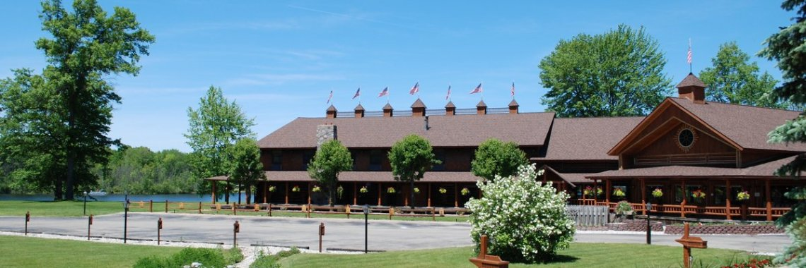log-lodge-hotel-inn-bnb-michigan-53