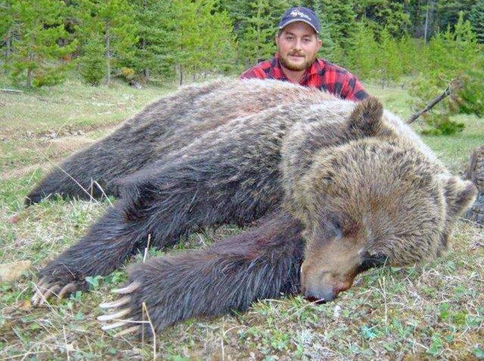 bear-trophies-t-4.06.56-PM15