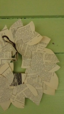 From Shalavee.com, Newspaper leaf wreath on green clapboard wall