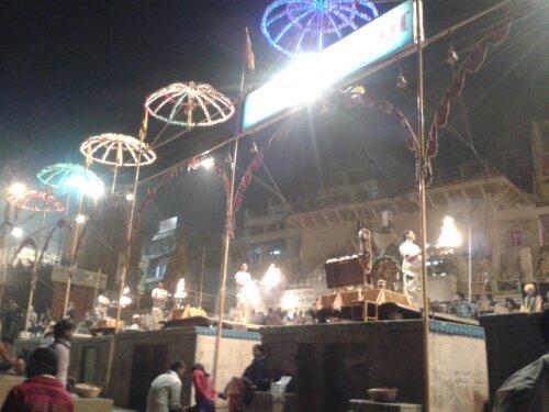 Ganga-arti-on-the-ghats-of-banaras