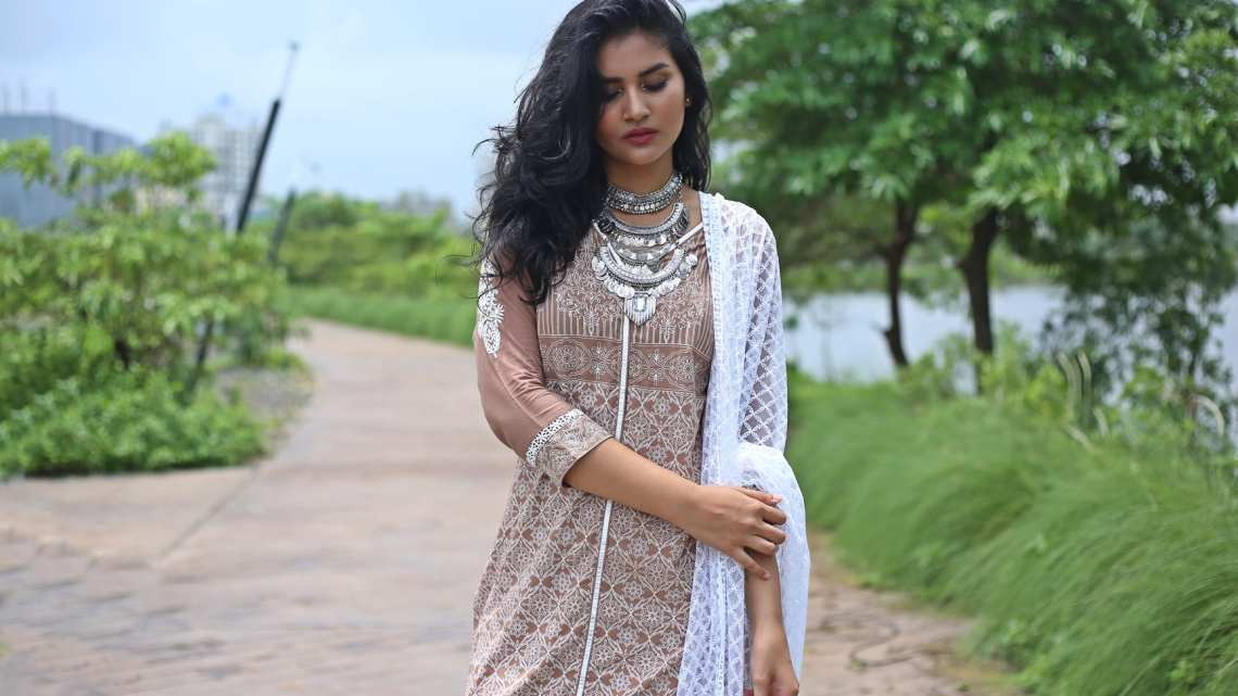 shop-naari-mudcals-indian-outfit (4)