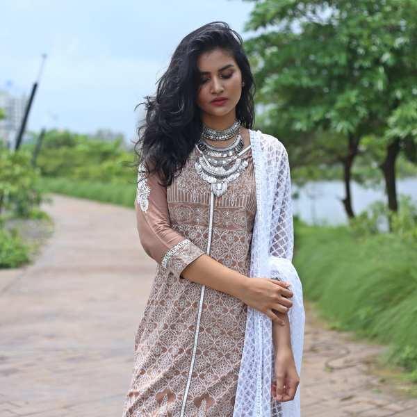 shop-naari-mudcals-indian-outfit (4)