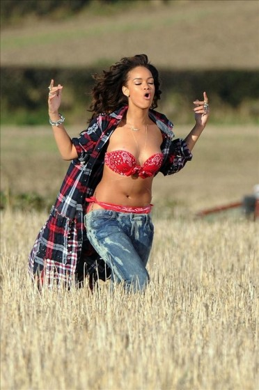rihanna singing in red bandana bikini