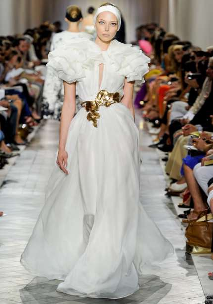giambattista-valli-couture- ruffled leaf belt dress