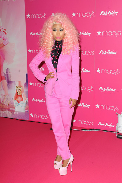 nicki minaj pink suit
