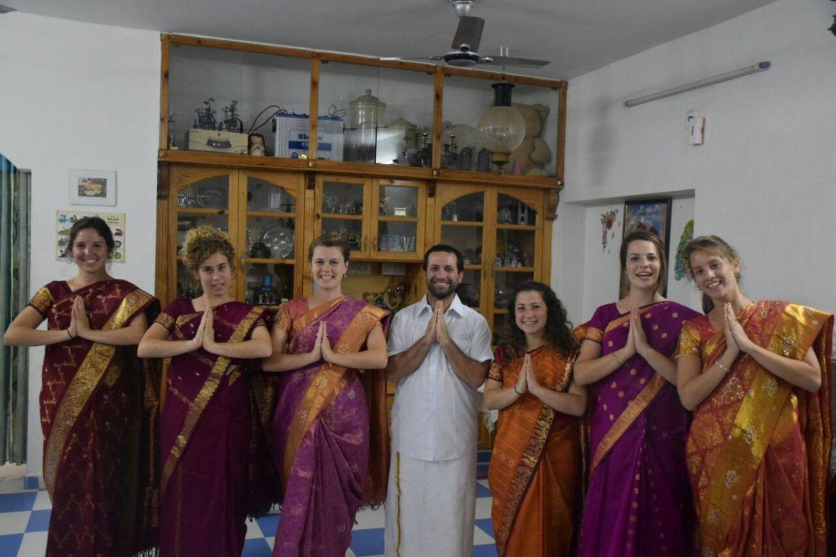Izraelczycy odwiedzają Centrum Zion Tora w Erode w Indiach