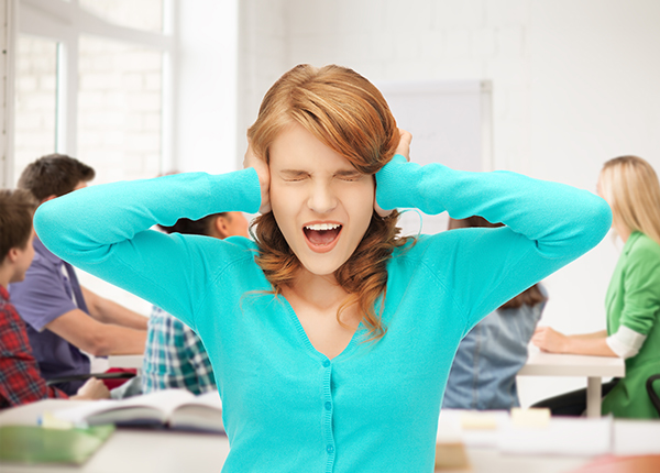 Photophobia and an intolerance of loud sounds and strong smells are common complaints during the headache 1