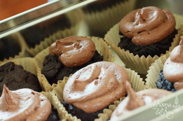 """Gluten Free Cupcakes"""