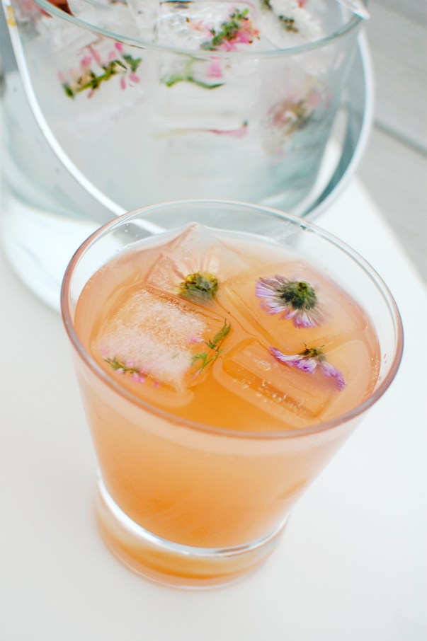 grapefruit rose champagne cocktail