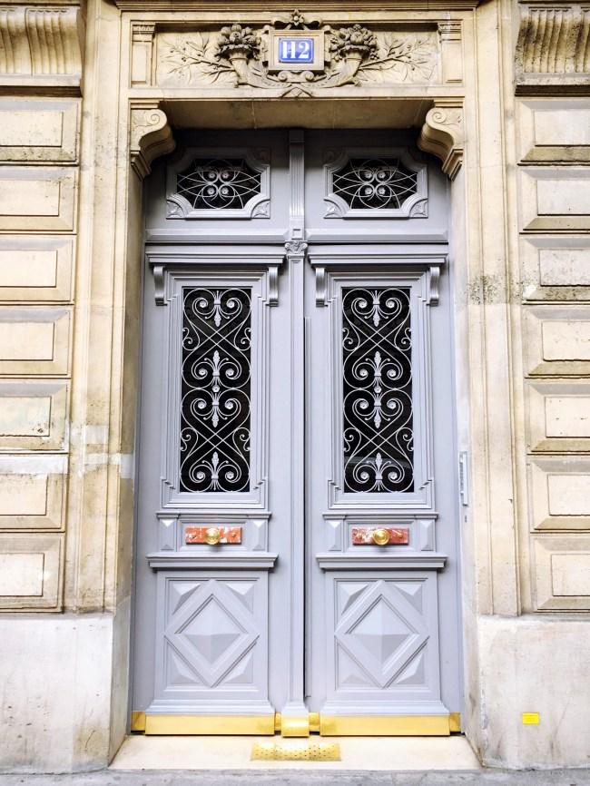 lavender door paris