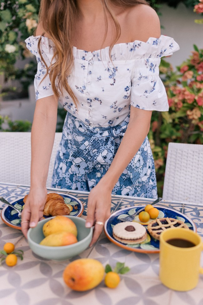 chinoiserie style; gal meets glam blue white outfit