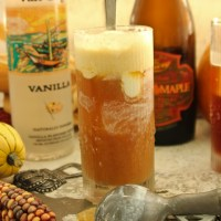 Maple Vanilla Beer Float to Celebrate October! #Oktoberfest  #Halloween