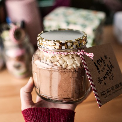 SP    Holly Jolly Cocoa Mix-1