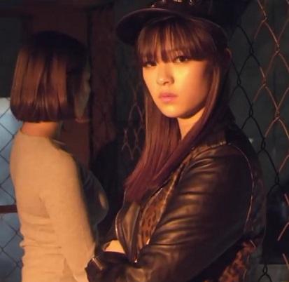 メンバーのナヨンがヒロインで出演するGOT7「Girls Girls Girls」に出てます。メインではないのでちらっとしか確認できませんが長い髪の ジョンヨンを見ることができる