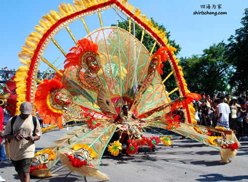 Float at the Cariaban Parade, Toronto, 2009