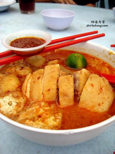 马来西亚咖哩叻沙汤面 (Curry Laksa in Malaysia)