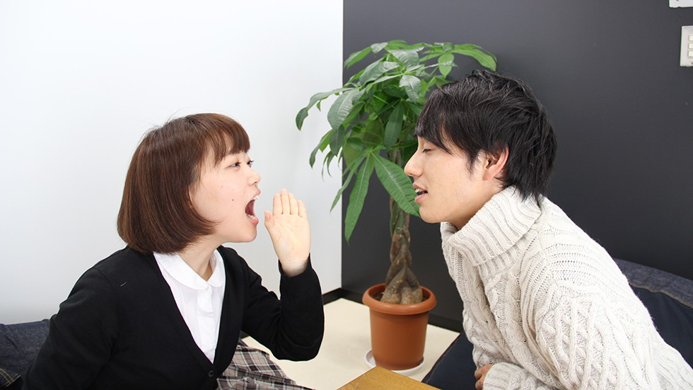 社領エミの舌出し・口臭嗅ぎ (5)