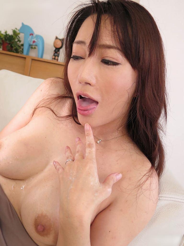 逢沢はるかの舌奉仕 (6)