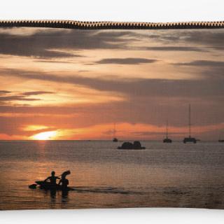 Estoig - Caiac durant la posta del sol a Koh Lipe