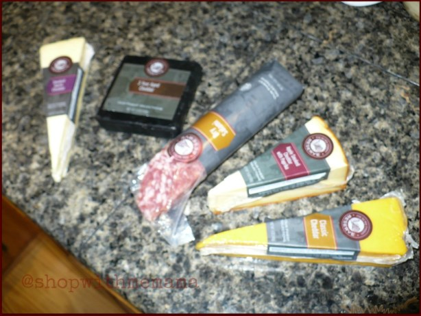 Hickory Farms Cheddar Flight Gift Basket