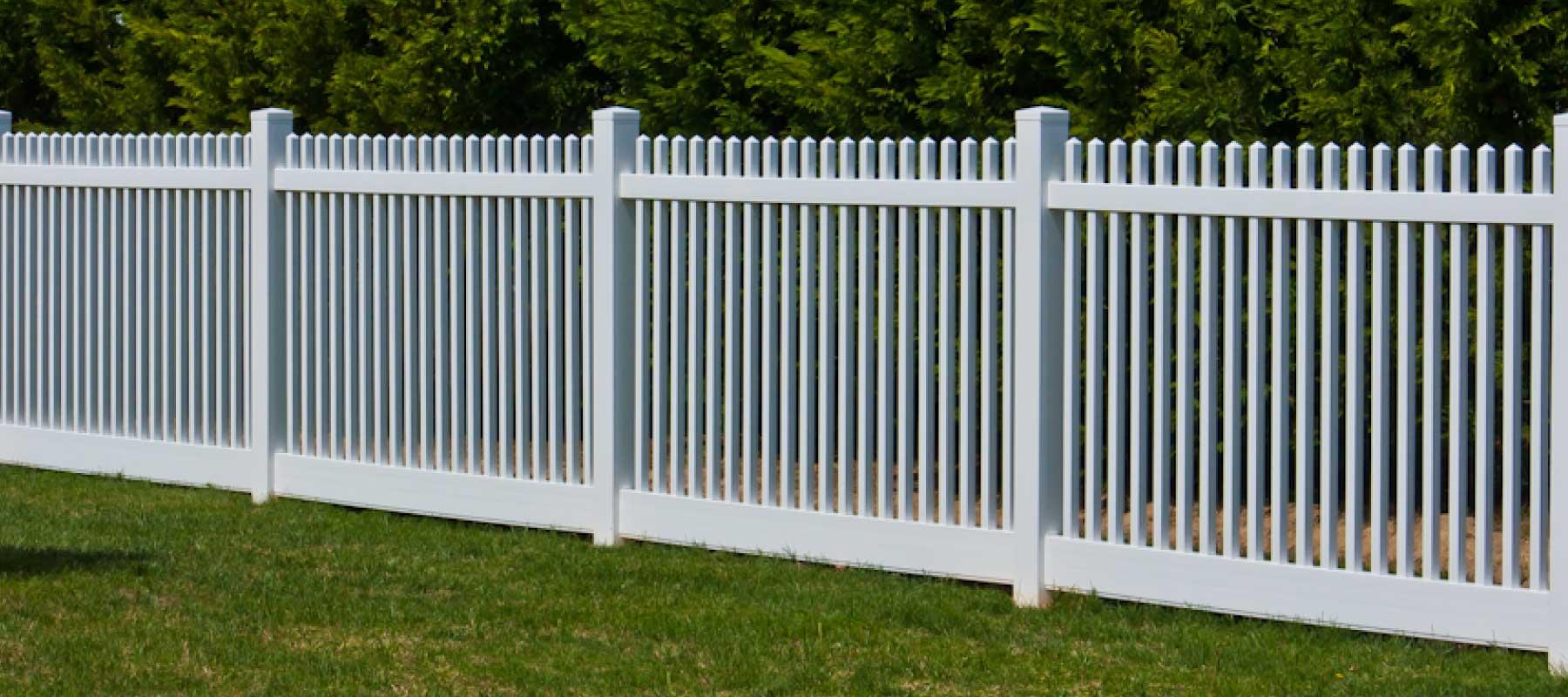 Madison vinyl picket fence shoreline vinyl systems color options baanklon Images