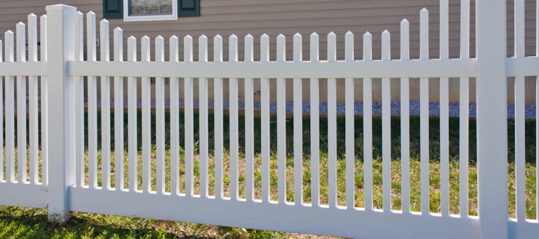 Picket shoreline vinyl classic 1 12 vinyl picket fence styles baanklon Choice Image